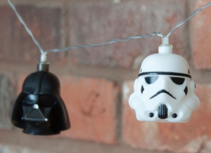 Instalatie de lumini Star Wars Darth Vader si Stormtrooper